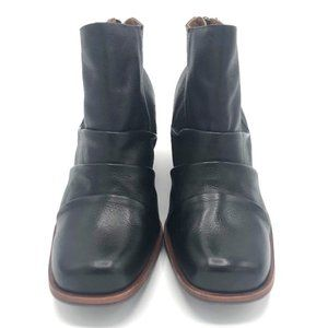 KORK-EASE Kissel Ankle Black Leather Boots 8M